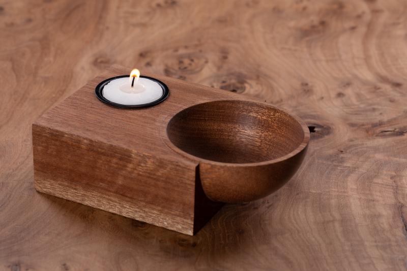 Lysestage i mahogni